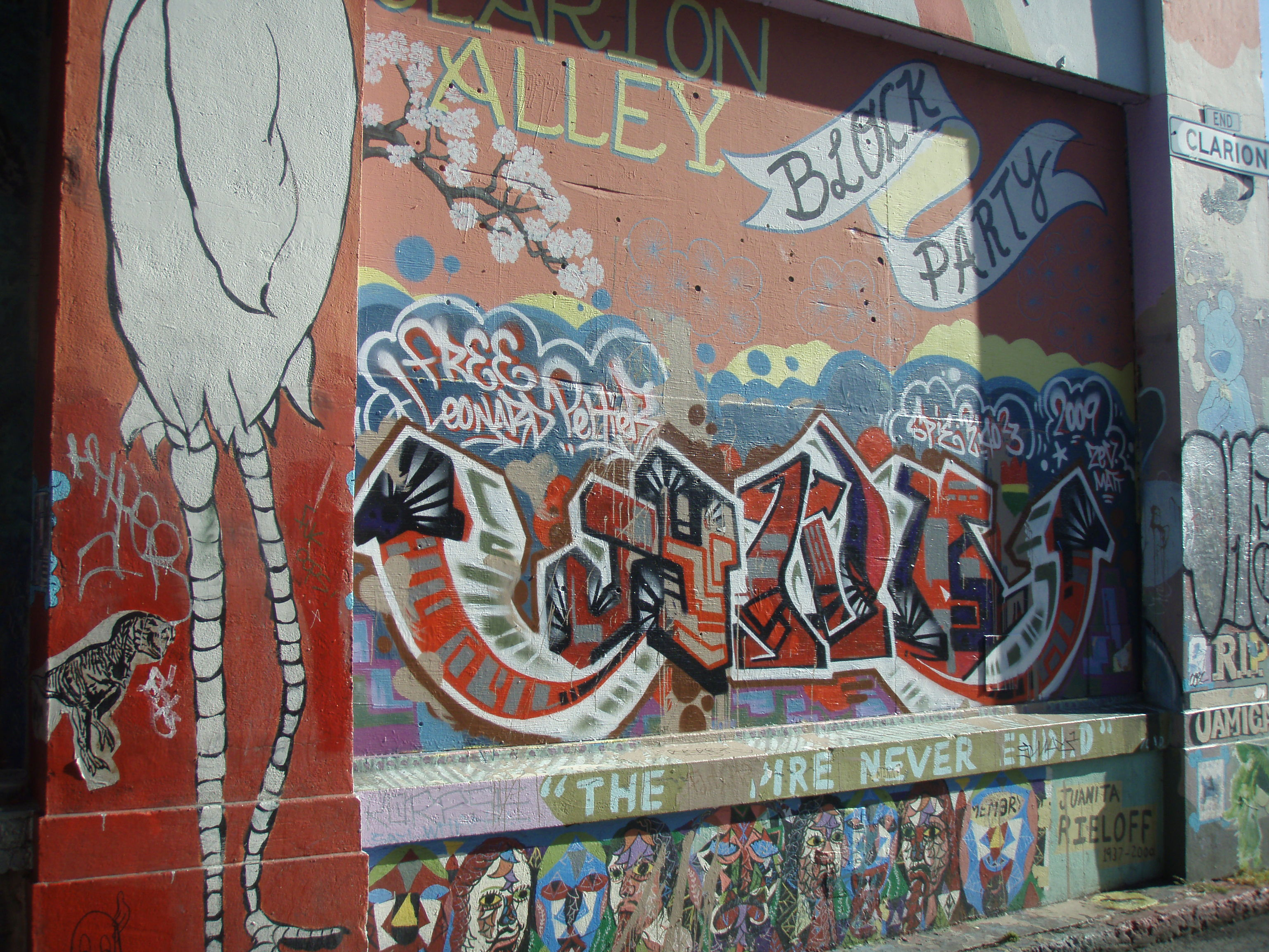 Just like the sign says: Mission Alley