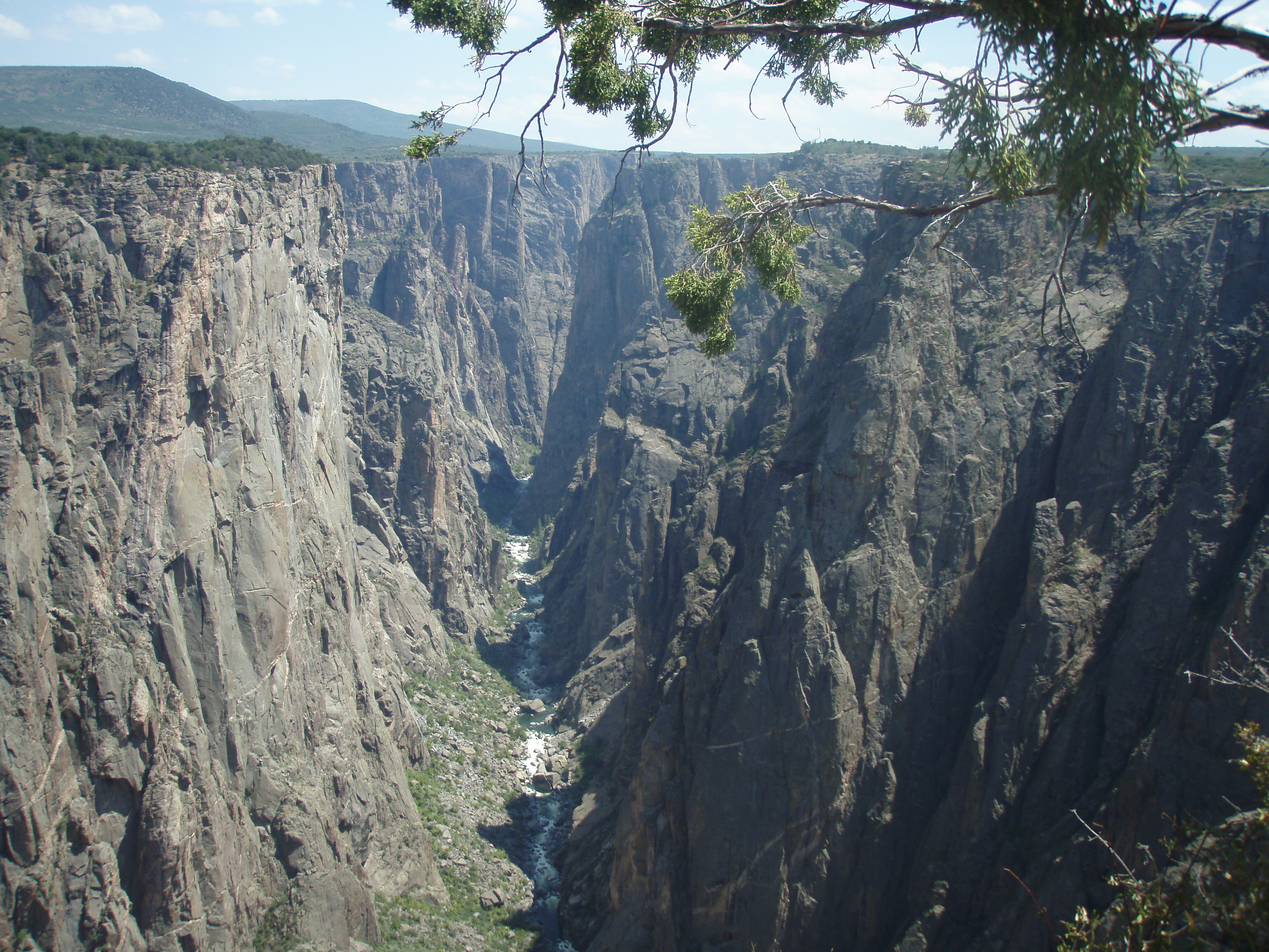 A closer look at Inspiration Point at Black Canyon of the Gunnison