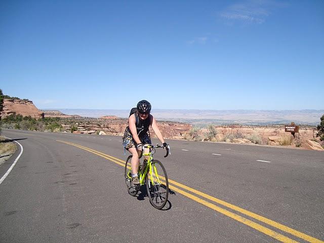 Road Biking Colorado National Monument (6/6)